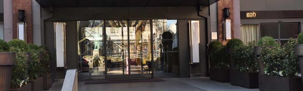 Didier Clad au » Link Bar »  du  Sofitel de Strasbourg. La série » Bacchus «…
